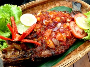 Gurame Rica - Rica Pedas, Menyehatkan dan Mengenyangkan