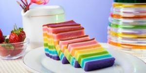 Membuat Kue Lapis Pelangi Harum dan Legit