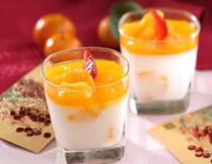 Minuman Segar Es Puding Almond Jeruk