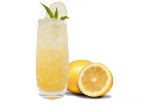 membuat-jus-buah-lemon